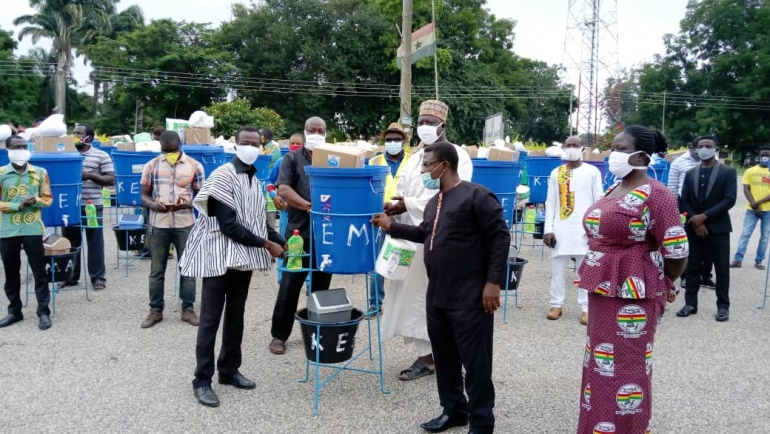DISTRIBUTION OF PPE's BY THE  MUNICIPAL ASSEMBLY